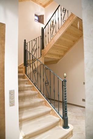 Balaustres y balcones en forja e inoxidable - Escaleras de forja modernas ...